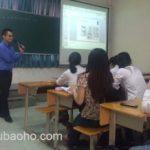 Luật sư giảng dạy tại đại học ngoại thương